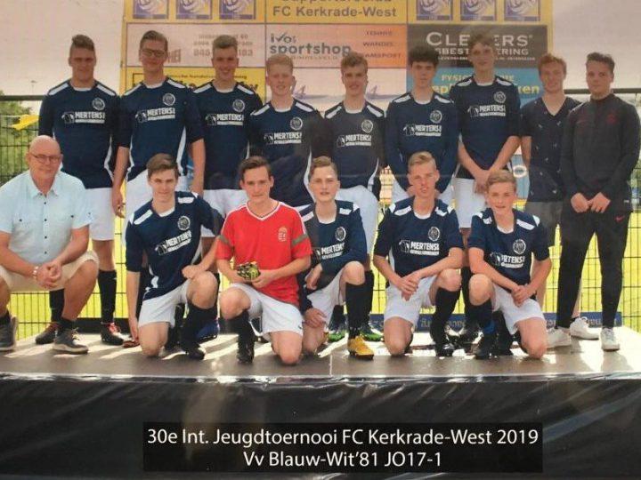 JO17 van Blauw-Wit'81 2e op internationaal toernooi!